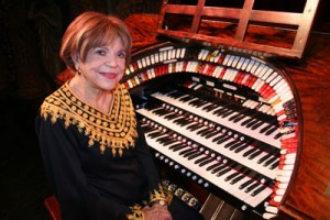 """Rosa Rio at the Tampa Theatre Wurlitzer Organ playing """"Everything's Coming Up Roses"""" – She's 107 and the oldest living theatre organist in the world."""