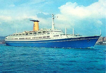 RETRO – The magnificent liner and cruise ship MS ANGELINA LAURO
