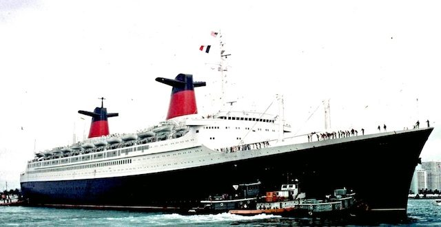 Home movies onboard the SS France