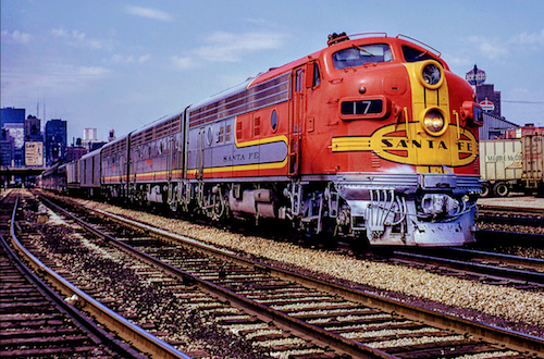 The SANTA FE Streamliner SAN FRANCISCO CHIEF connected Chicago with San Francisco from 1954 until 1971